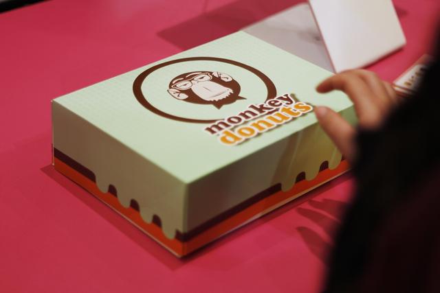 Monkey_Donuts_14-klein