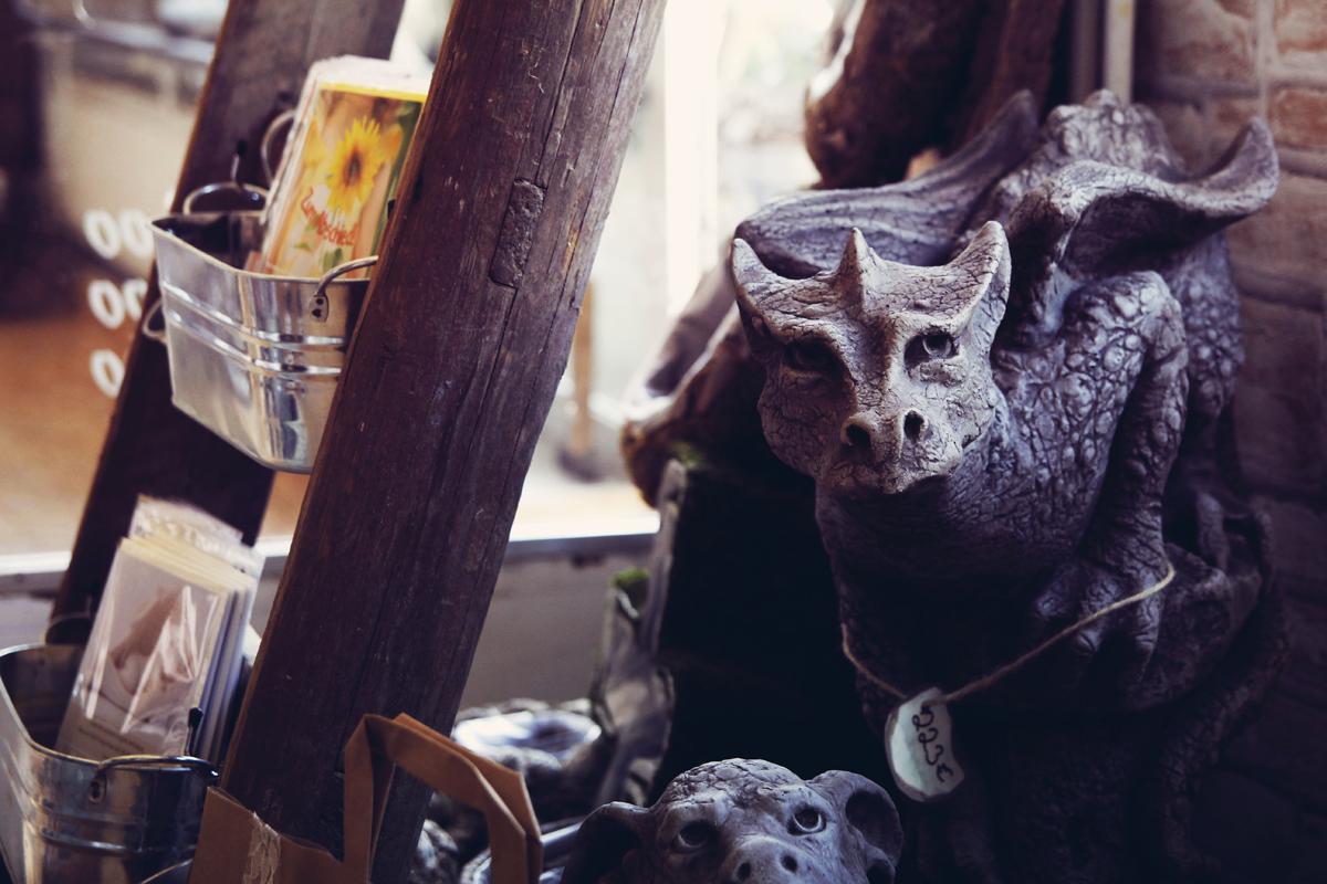 Drache-Stein-Skulptur-Steinreich