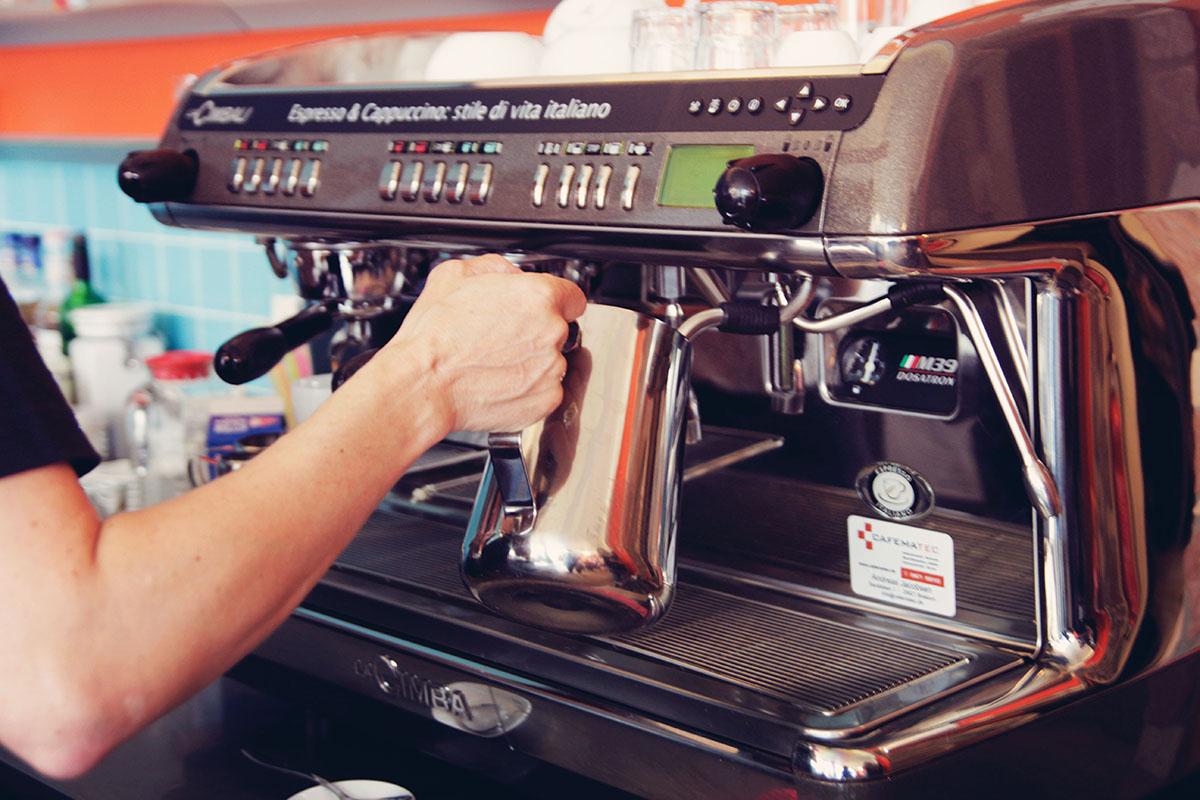 Kaffee-Tragbar-Kiel