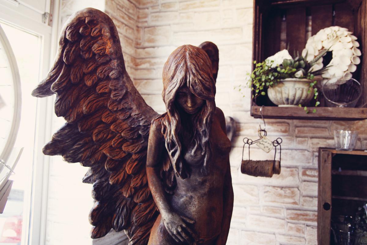 Skulptur-Engel-Steinreich