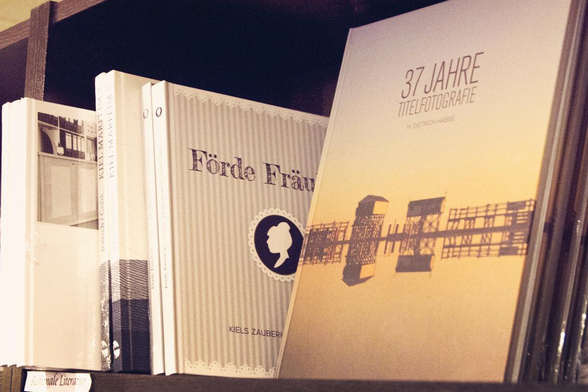 Foerde-Fraeulein-Buch-Buchhandlung-Almut-Schmidt