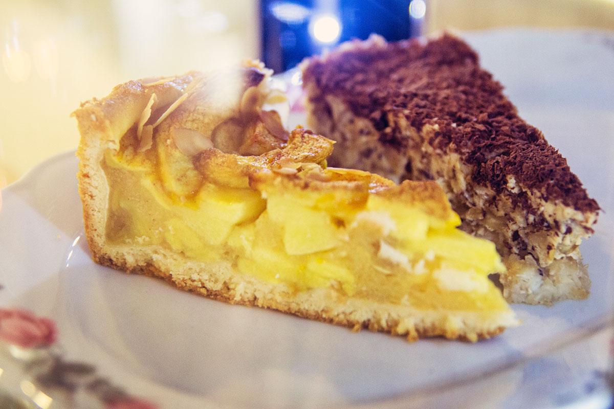 Cafeamkleinflecken-neumuenster-apfelkuchen