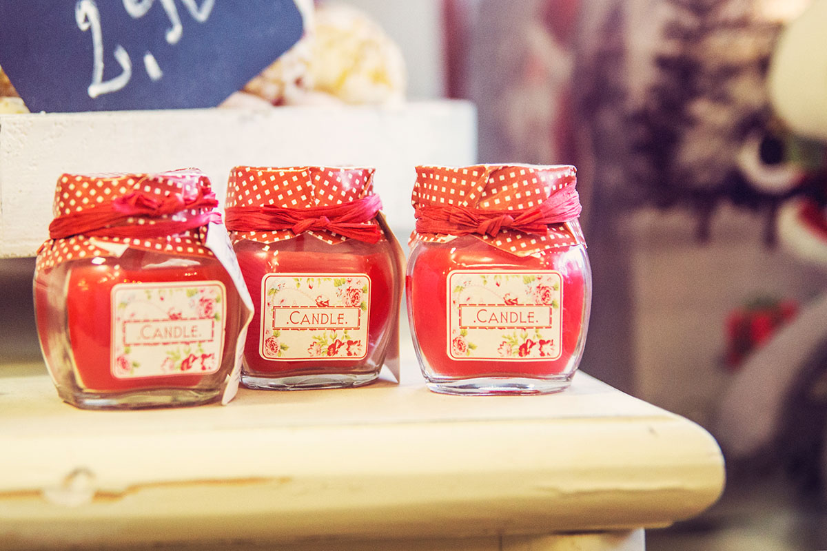 Cafeamkleinflecken-neumuenster-candle-rot-glas