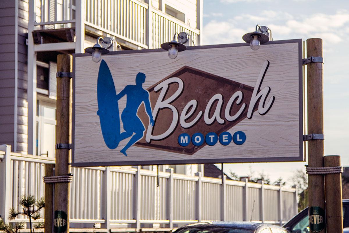 beachmotelschild