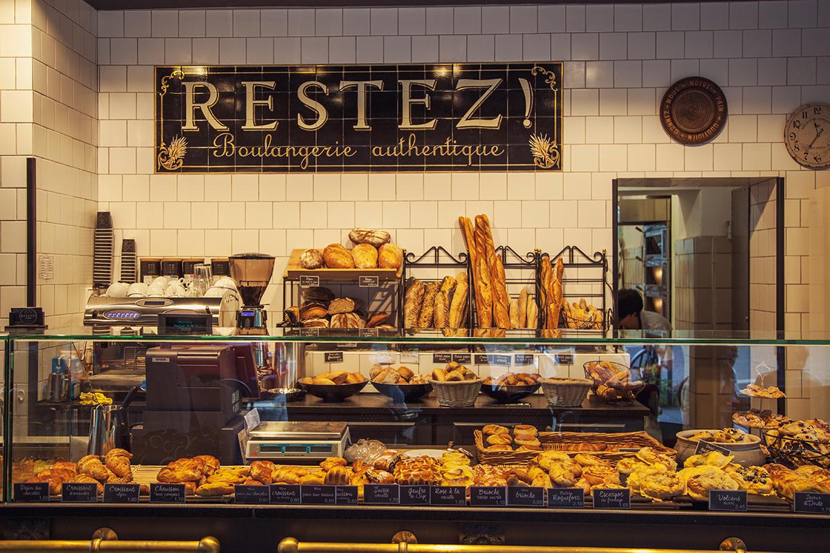 Restez-kiel-neu-boulangerie-authentique-tresen-frontal