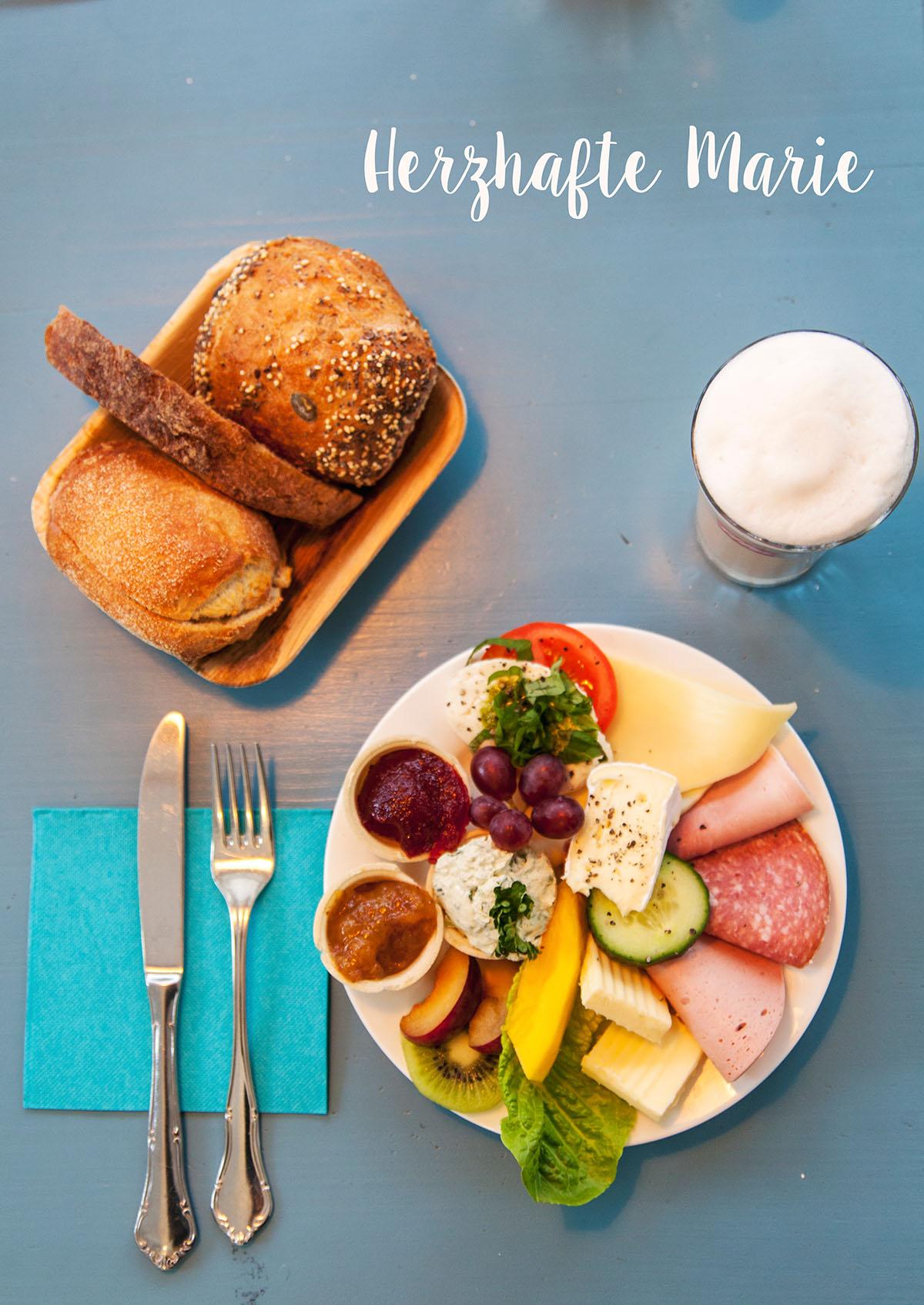frühstück in hamburg mit aussicht