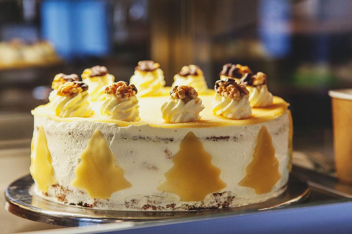 goldmarie-am-see-bad-segeberg-foerdefraeulein-torte-marzipan