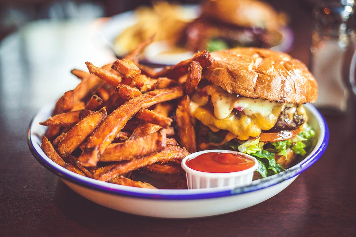 Einmal Hamburg und zurück: Tipps für deinen Ausflug in die Hansestadt – Otto's Burger