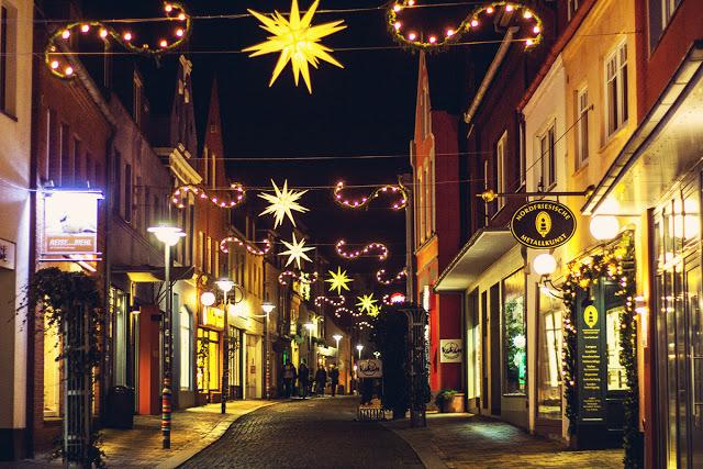 Ein Herbsttag in Husum: Entdecke viele Tipps für deinen Ausflug in die Hafenstadt! Weihnachtsmarkt
