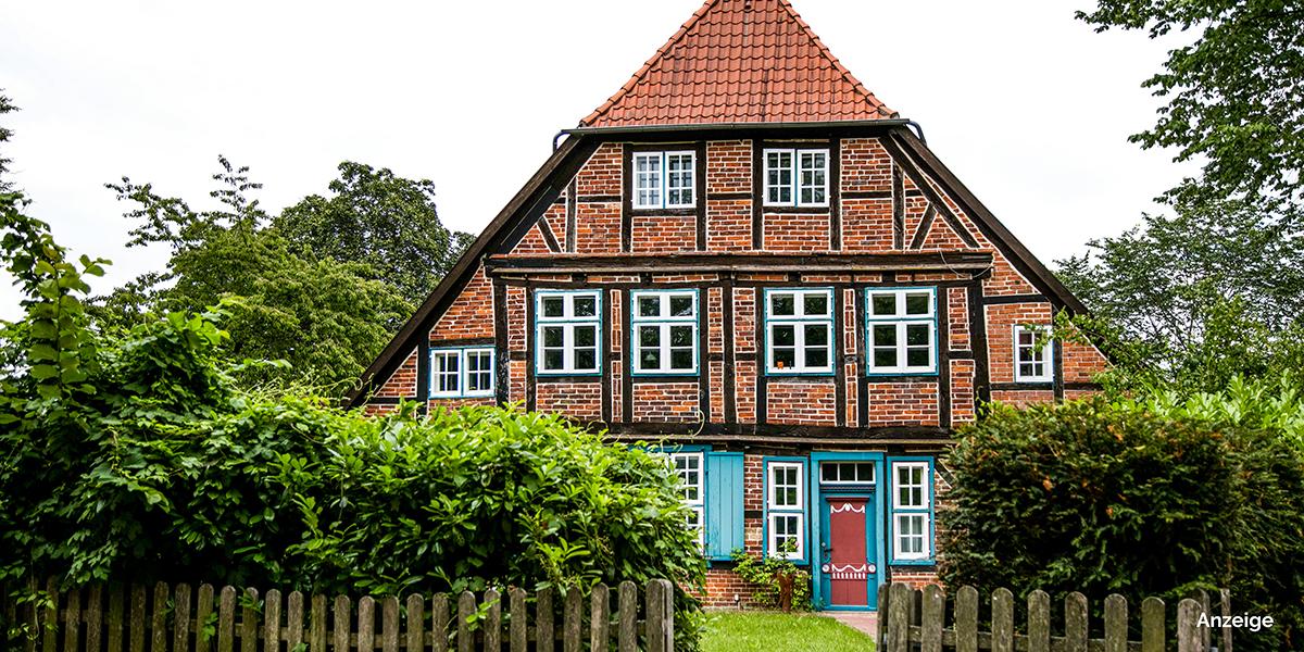 Ich habe eine Tagestour nach Ratzeburg unternommen, habe mich auf die Spuren eines Löwen begeben und die hübsche Altstadt der Inselstadt erkundet