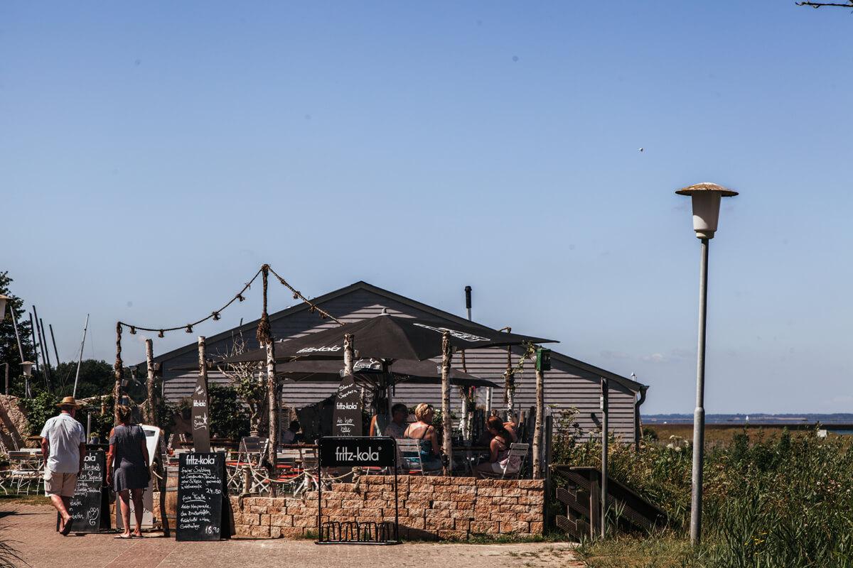 Ein Strandausflug von Schwedeneck bis Bülk: Blauer Seestern Restaurant