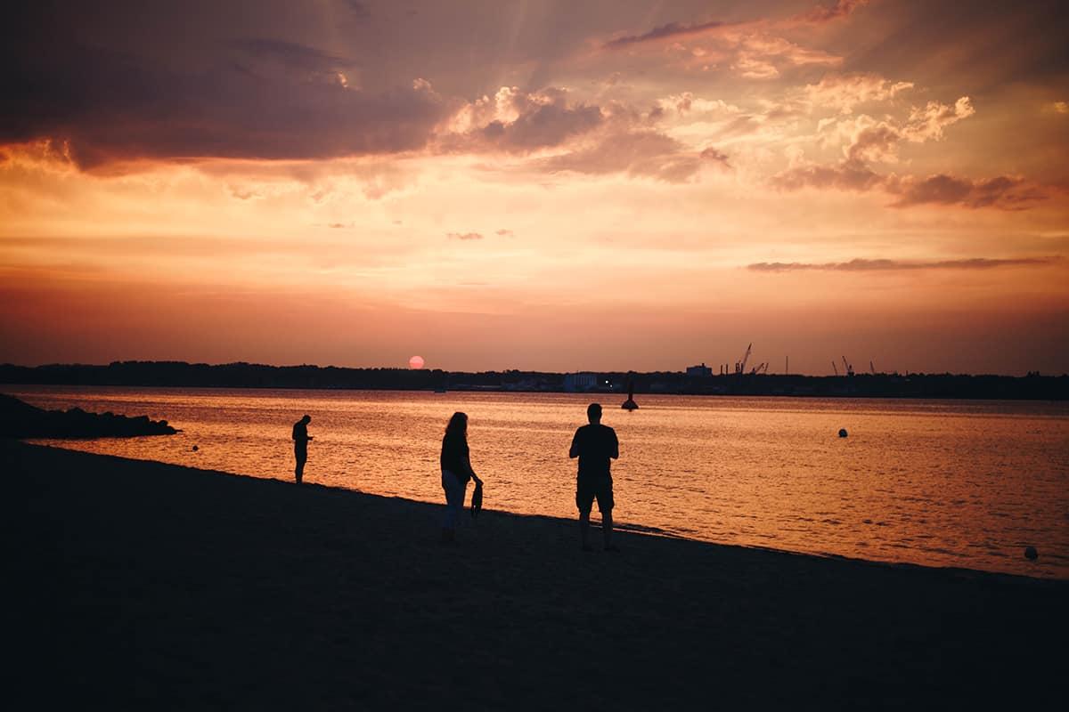 Sonnenuntergang am Strand von Heikendorf