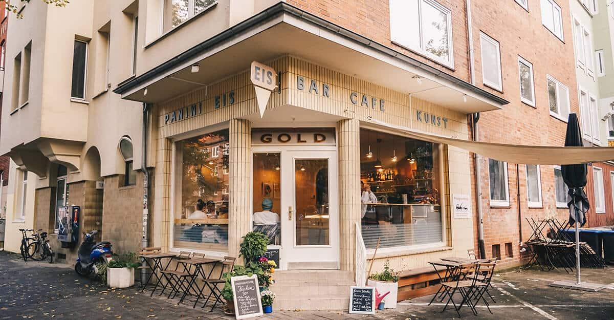 Zwei neue Cafés in Kiel: Außenansicht Café Gold
