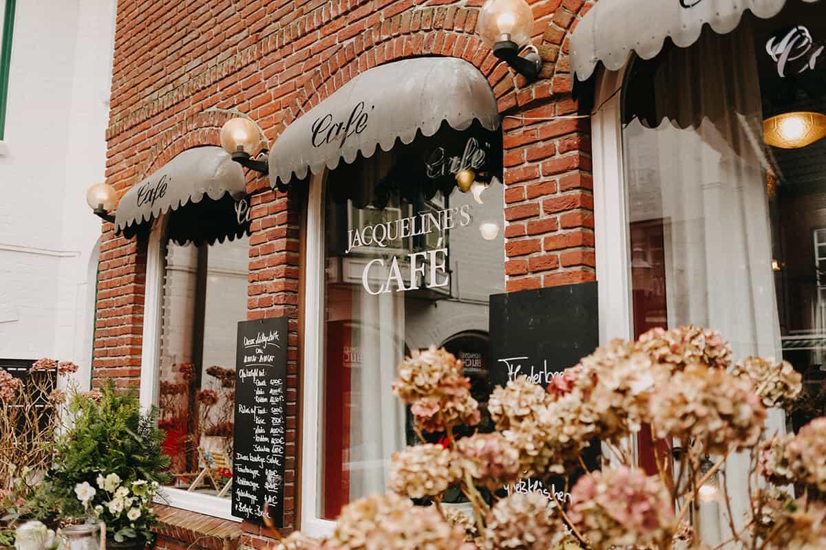 Jacquelines Café Husum Außenaufnahme