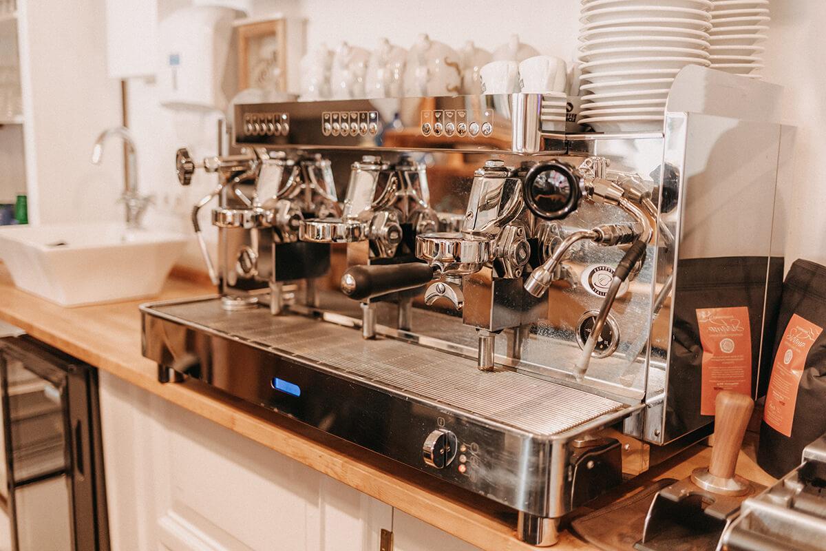 Kaffeemaschine Künstlercafé