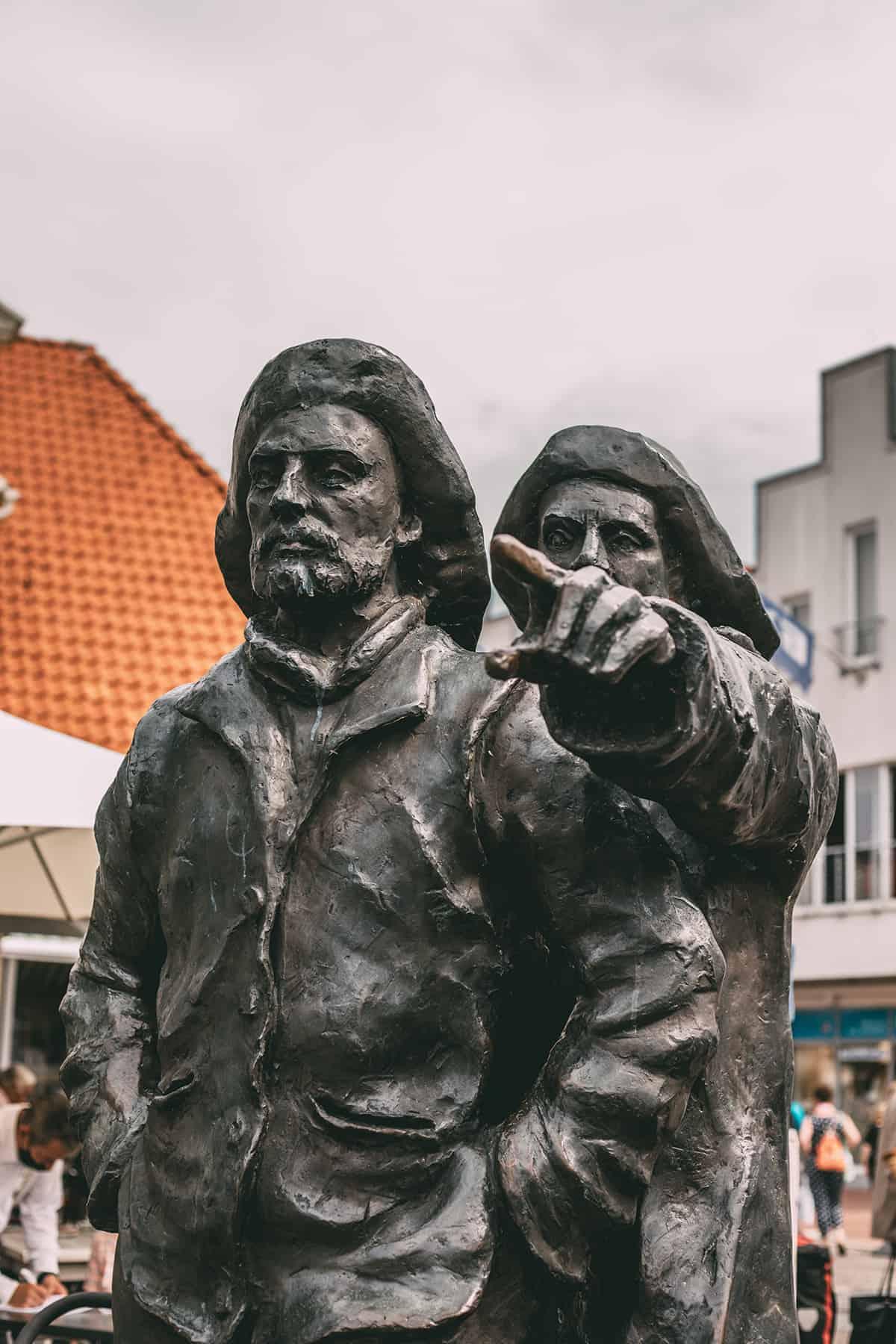 Statue auf dem Marktplatz in Neustadt