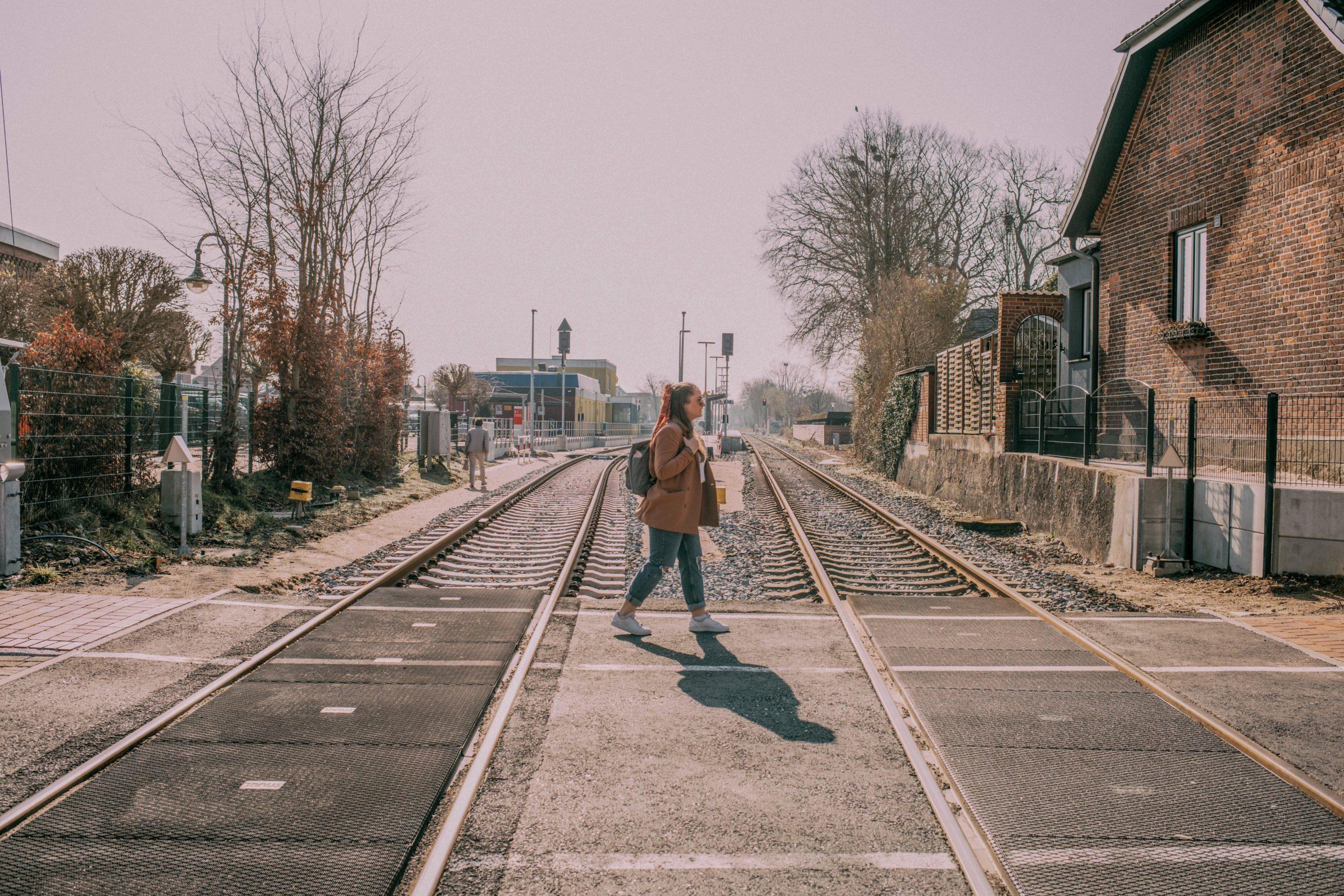 Sina Bahngleise