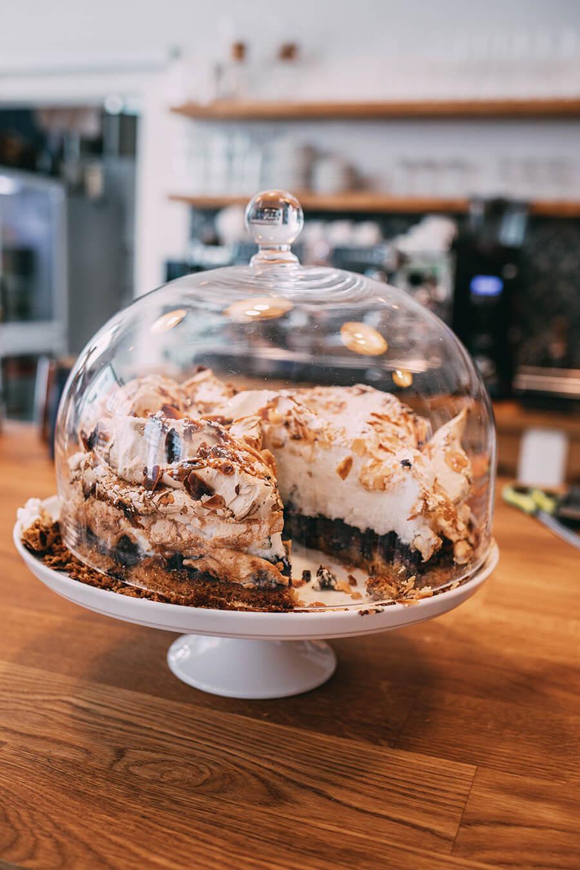 Blaubeeren Baiser Torte
