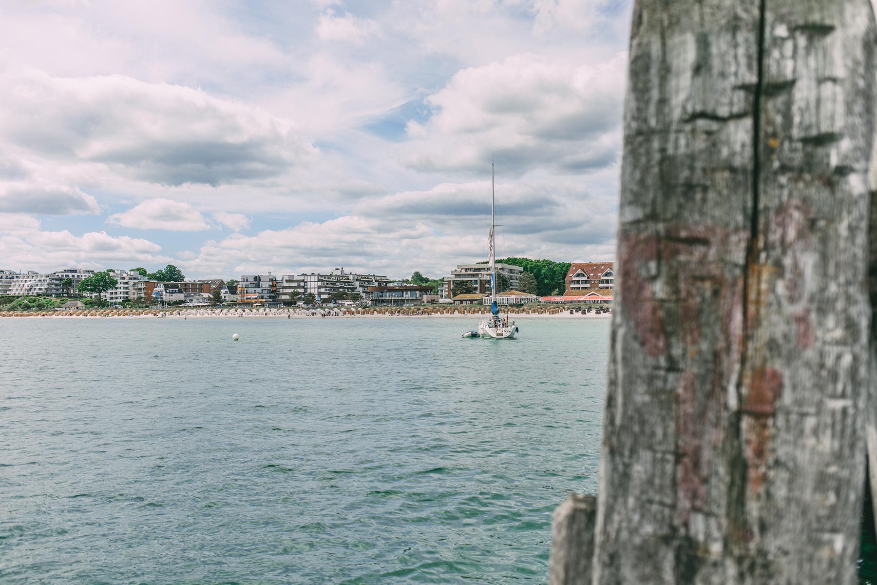 Seebrücke und Strand
